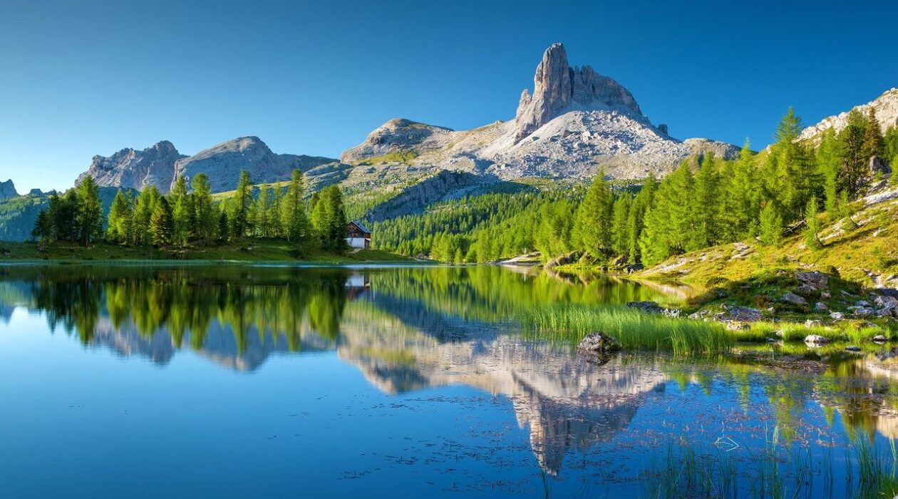 The Reasons Behind Italian Lakes Should Be Your Next Holiday Destination Feature